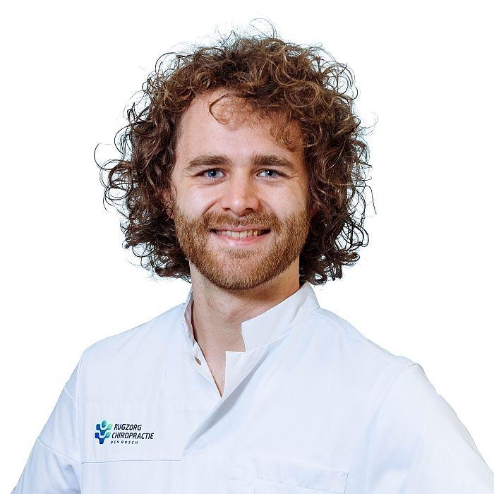 Chiropractor Jim Zeelen